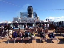 AFT SHIP OUTDOOR LOUNGE