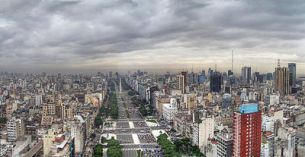 400px-Buenos_Aires_-_Monserrat_-_Avenida_9_de_Julio