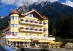 13.-Park-Bellevue-Hotel-300x211